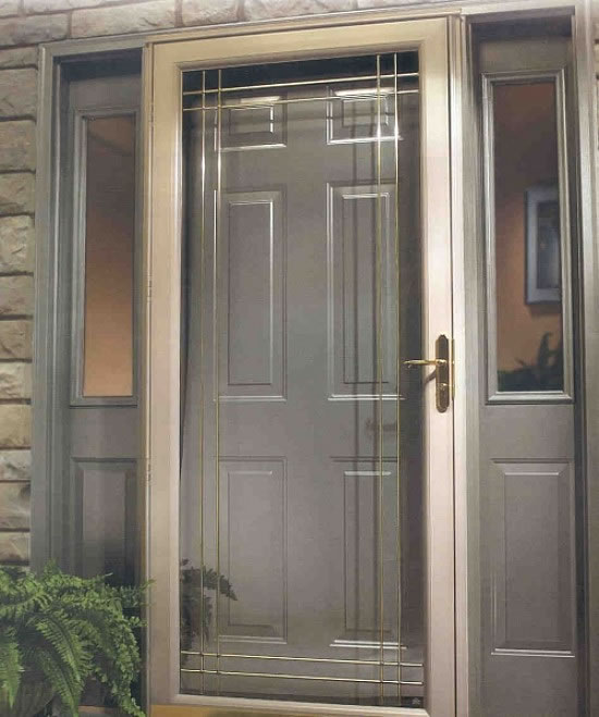 Decorating storm doors with screens and glass for Screened front entry