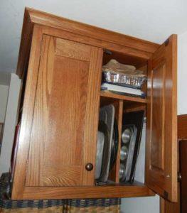 Fridge cabinet.