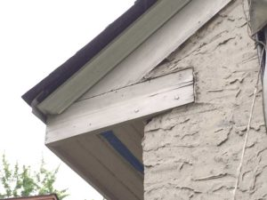 trim on eaves