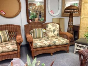photo of settee and lamp in store.